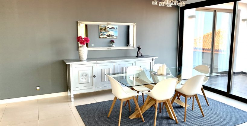Wohnung mit Haus-Charakter und sehr schönem Blick