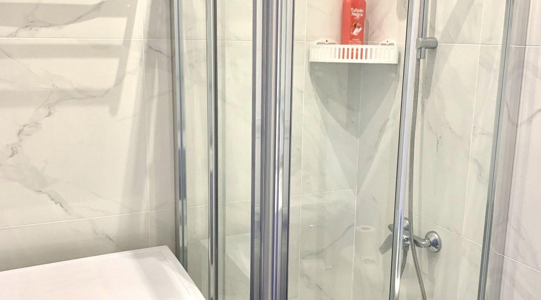 Guest Apartment 1 - Bathroom