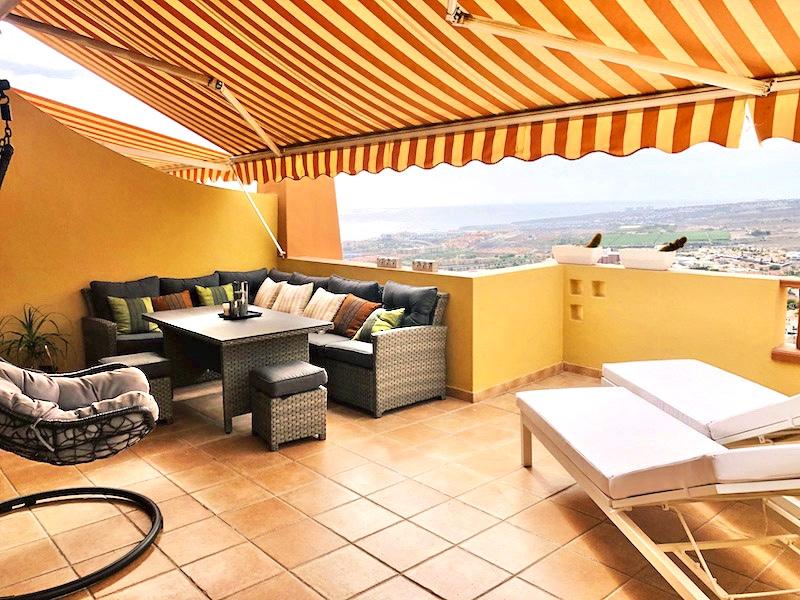 Moderne Terrassen-Wohnung mit herrlichem Blick